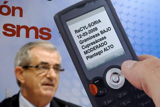 El consejero de Sanidad de Castilla y León en la presentación de una nueva aplicación