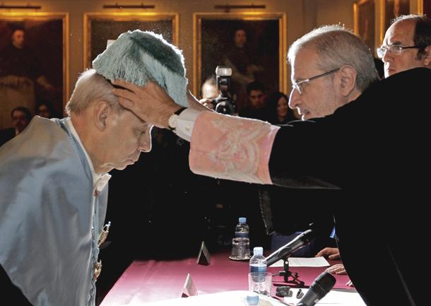 Humberto López Morales, secretario general de la Asociación de Academias de la Lengua Española, es investido doctor 'honoris causa' (Valencia, 31/1/2011)