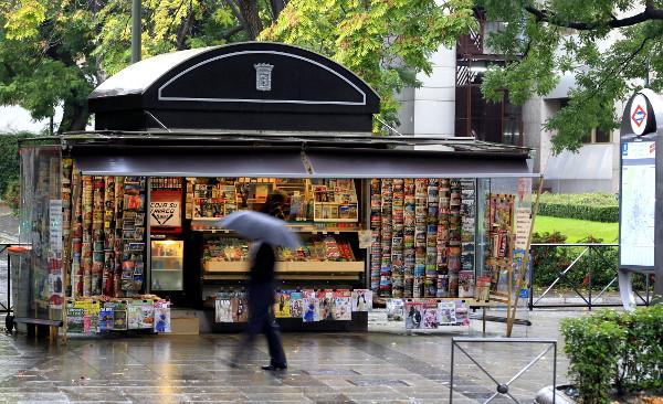Quiosco mejor que kiosco y kiosko fund u bbva for Imagenes de kioscos de madera