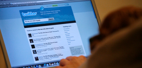 Los investigadores analizan a través del lenguaje cómo funcionan los mecanismos globales de comunicación y las redes sociales como Twitter. REUTERS