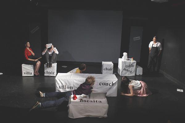 Representación de la obra de teatro «Immersion». Foto: ©Efe/Ellise Lesser