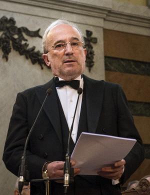 Santiago Muñoz Machado, durante la lectura de su discurso de ingreso en la RAE. © EFE/Luca Piergiovanni
