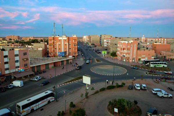 Anochece en El Aaiún, capital del Sáhara Occidental. Foto: ©Archivo EFE/Zacarías García