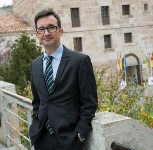 El investigador de la Universidad de Málaga Francisco Carriscondo, en  San Millán de la Cogolla. Foto: ©Efe/Abel Alonso