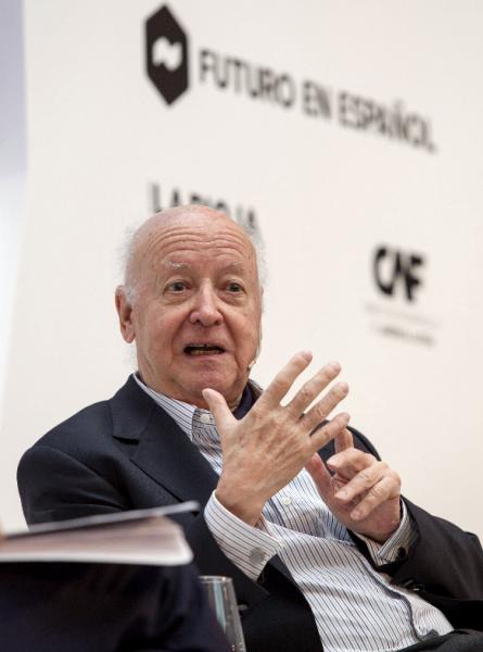 El escritor Jorge Edwards, durante su  intervención. Foto: ©Efe/Abel Alonso