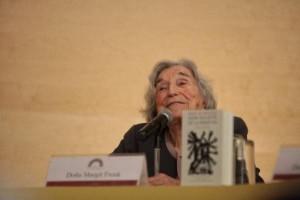 Margit Frenk, durante la presentación de la nueva edición del libro. Foto: © Efe/Sáshenka Gutiérrez