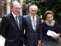 José Manuel Blecua (i), junto a los Duques de Soria. Foto: ©Agencia Efe/Wifredo Garcia