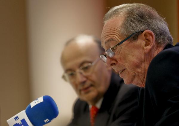 José Manuel Blecua, junto a Carlos González Reigosa (iz). Foto: ©Agencia Efe/JuanJo Martín
