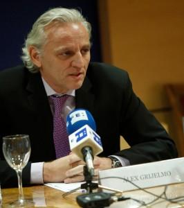 El escritor y periodista , Álex Grijelmo. Foto: ©Efe/Juan Carlos Hidalgo
