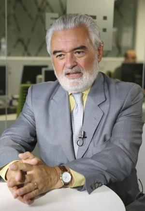 El director de la Real Academia Española (RAE), Darío Villanueva, durante una entrevista con la Agencia Efe, el pasado mes de junio. Foto: ©Efe/Ballesteros.